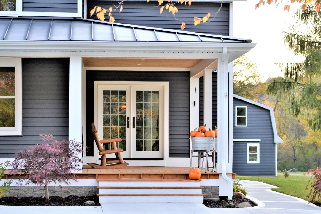 7 Ways to Freshen Up The Front Porch